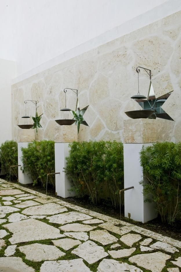 129 best images about plasticky stone on pinterest for Courtyard stone and landscape