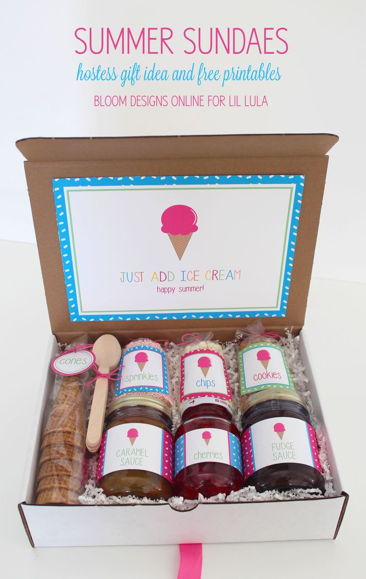 Summer Sundaes Hostess Gift - such a fun gift and perfect for ice cream night with friends!! Get the free prints on { lilluna.com }