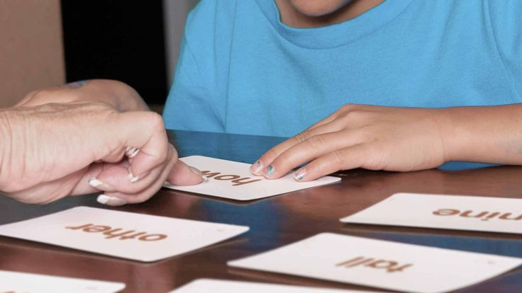 Kids with dyslexia often struggle with sight words. Find ways to help your struggling reader master these star words in reading and spelling.