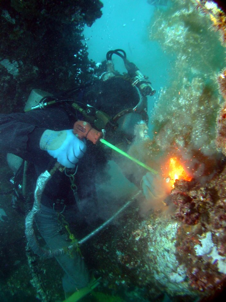 17 Best images about Commercial Diving on Pinterest | Helmets ...