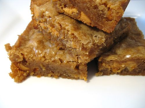 butterscotch blondies brownies   Delicious, chewy, decadent and super easy to make and bake