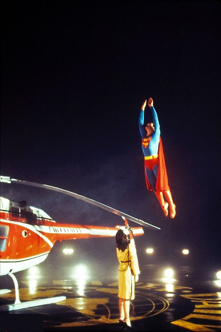 This is what 'Man of Steel' lacked - graceful flight. This is why we believed a man could fly...so filmmakers please note, it doesn't always need to be like a bullet from a gun!