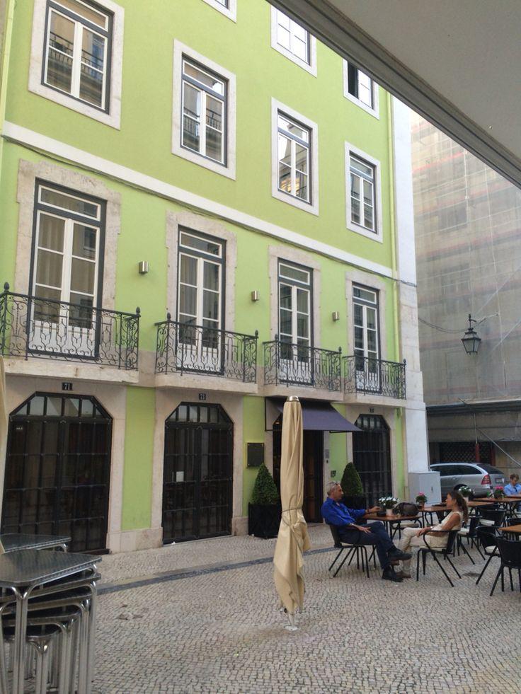 Brown Central Lisboa