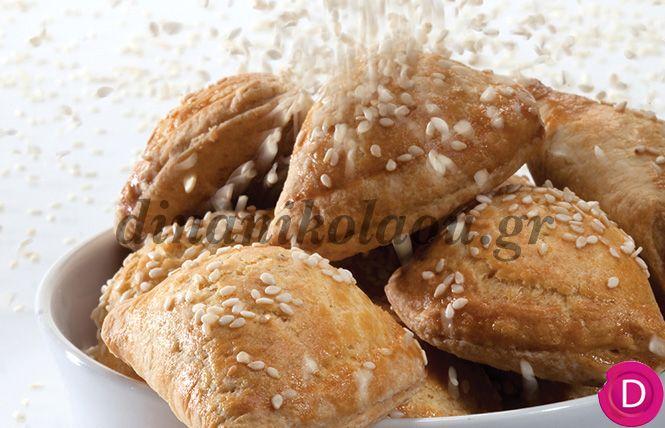 Τυροπιτάκια με ζύμη κουρού   Dina Nikolaou