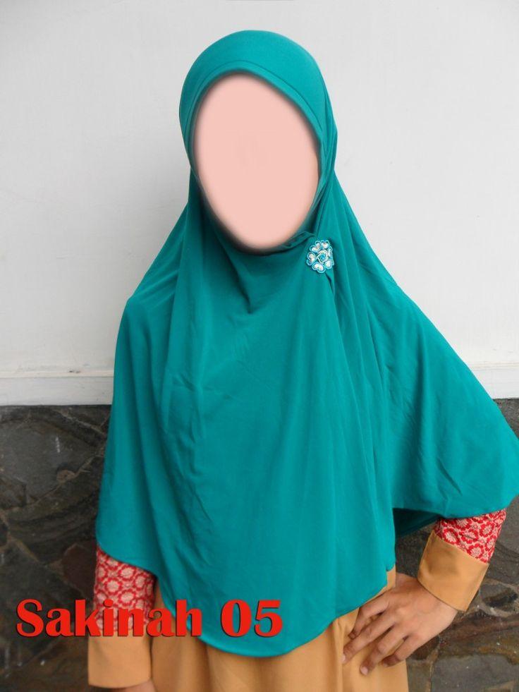 Sakinah 05 Sakinah 05. Jilbab Hameeda terbarumeneruskan model sakinah 01 yang jadi best seller…  size : L harga: 70.000 Bahan : Jersey