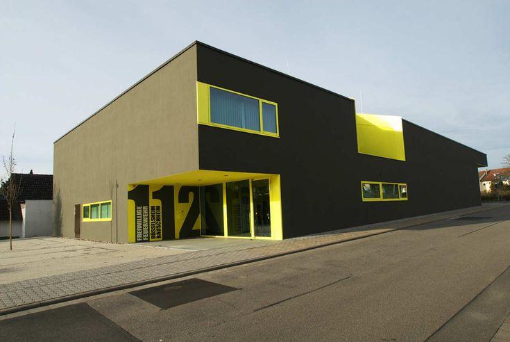 Gallery Of Fire Station Russelsheim Bauschheim Syra Schoyerer Architekten 1 Gebaude Architektur Und Feuerwache