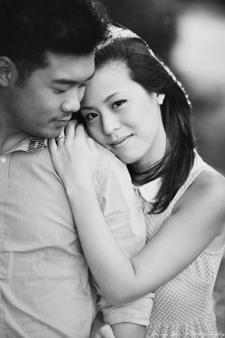 Congratulations to Sonia and Andy, this engaged couple will be tying the knot this March! Sonia is half of the world renown musical duo Jayesslee with her twin sister Janice. Their photographer Jenny Sun is amazing!