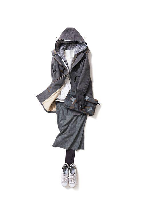クリアな白が映える真冬のグレーコーデ 2016-02-06 | coat brand : Scye | skirt price :16,200 brand : THE TRI△NGLE | jumper price :16,200 brand : fio