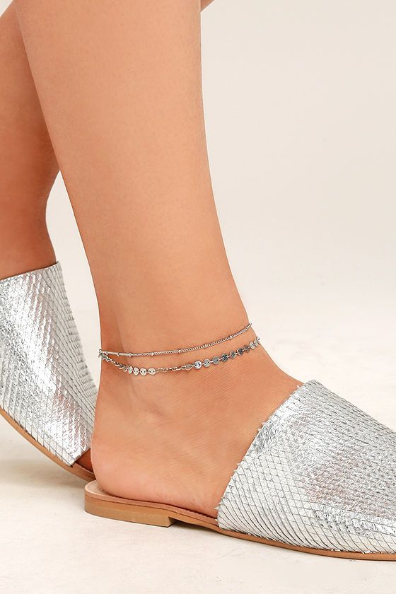 """Follow the sunshine straight to the Escape to Sun Silver Anklet! Two layers of dainty silver chain form this cute anklet. Anklet measures 8.25"""" long with 1"""" extender chain."""