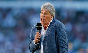 Murray slaps down John Inverdale after presenter's Olympic tennis gaffe BBC host was criticised after he praised Scot for becoming the first person to win two tennis golds – forgetting the Williams sisters' four medals each