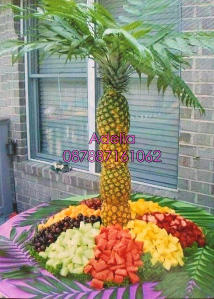 dekorasi-buah-kembang-pelaminan-acara-pernikahan-pengantin-salonkecantikanpanggilan-adeliasalonmuslimah