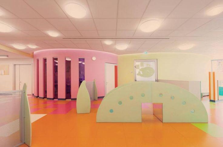Firemní školka Vodafone, barevná kaučuková podlaha Artigo, podlahy BOCA. / Vodafone kindergarten, colorful rubber flooring Artigo,