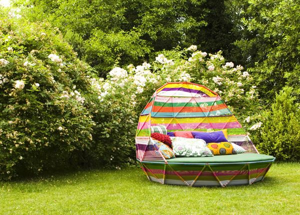 Tropicalia Daybed, Moroso