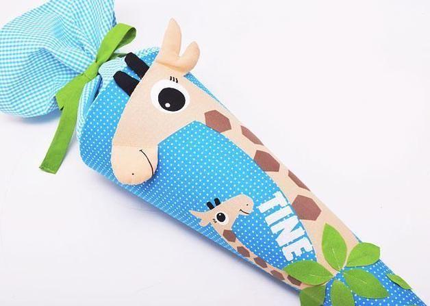 Schultüte mit Giraffe und individuellem Namen // personalized school, candy cone with giraffe by josefines-kinder via DaWanda.com