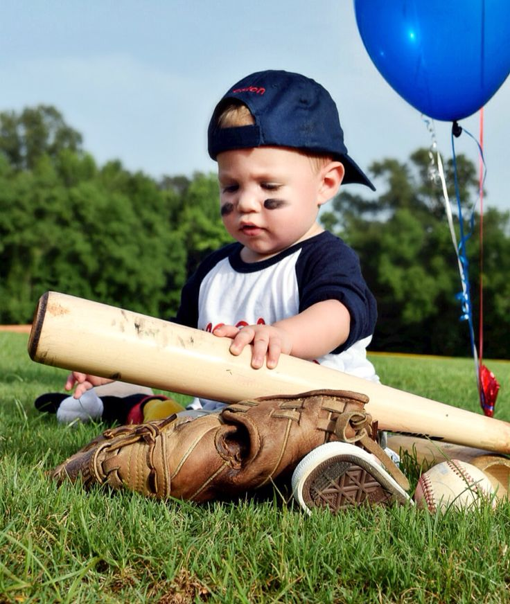 Best 25 Baseball Furniture Ideas On Pinterest: 25+ Best Ideas About First Birthday Photography On