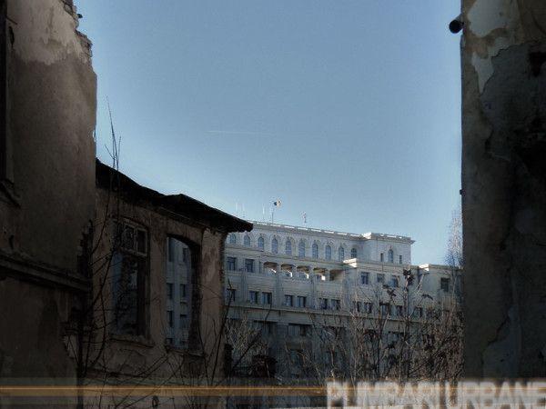 10-traseu-Unirii-Mihai-Voda-casa-poporului-ruine