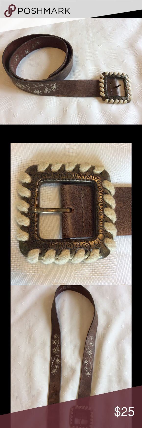 "Great boho hippie leather belt. Genuine leather with white floral stitching.  Rope wrapped buckle.  1 1/2"" wide.  Approx 40"" long without buckle.  6"" from tip to notch farthest from tip.   Has some wear as shown in pictures. Sz L/G Accessories Belts"