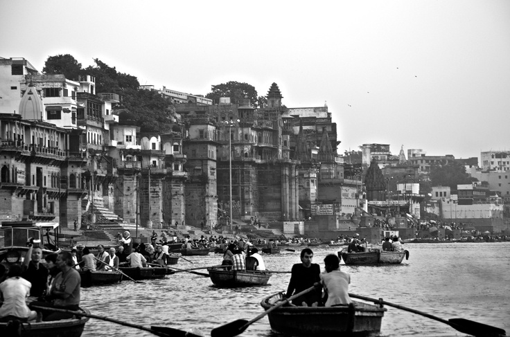 Varanasi / Ganges / Boats / India