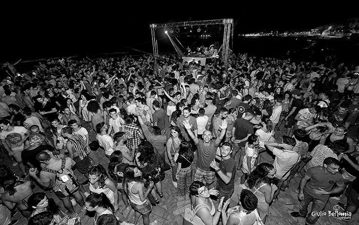 Beat the Beach, a Marina di Ragusa è Around