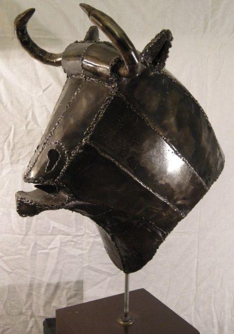 taureau guernica (Скульптура),  40x80x50 cm - PHILIPPE AFFAGARD sculpture d'une tête de taureau