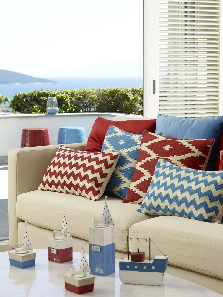 #boyner #boyneronline #boynerevde #dekor #dekorasyon #decor #decoration #tasarim #design #evdekorasyonu #homedesign #interior #red #blue #dekoratif #yastik #decorative #pillow