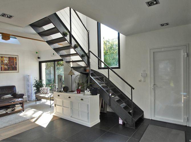 Les 265 meilleures images du tableau un escalier tout en for Constructeur maison contemporaine essonne