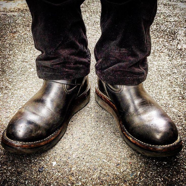 晴れが続くといいな☀️ 今日の足元。 wesco boss vibram#2021 #wesco #ウエスコ #wescoboss #wescoboots #engineerboots #エンジニアブーツ #workboots #ワークブーツ #whitesboots #ホワイツ #redwing #レッドウイング #今日の足元 #ツーブー倶楽部 #足元倶楽部 #足もと倶楽部 #足元くら部 #ootd #kotd