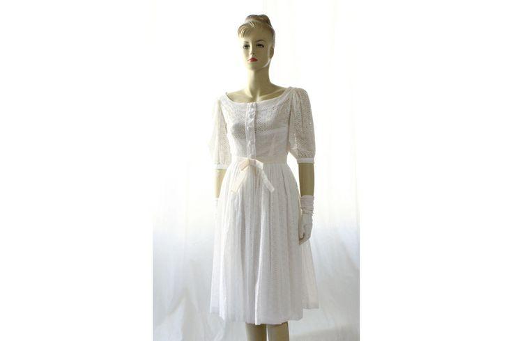 50er Jahre Original Kleid weiß Gr. 32/34 von Avantgarde-Plus auf DaWanda.com