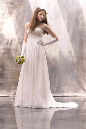 エンパイアドレスも素敵!白のエンパイア ウェディングドレス・花嫁衣装のまとめ一覧♡