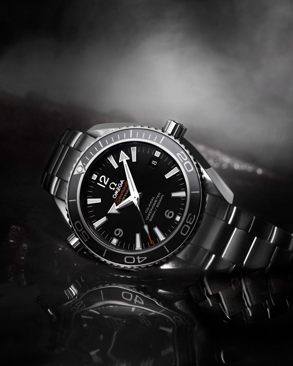 "OMEGA 007 ""James Bond"" Seamaster Planet Ocean Steel on steel 232.30.42.21.01.001 SKYFALL (2012)"