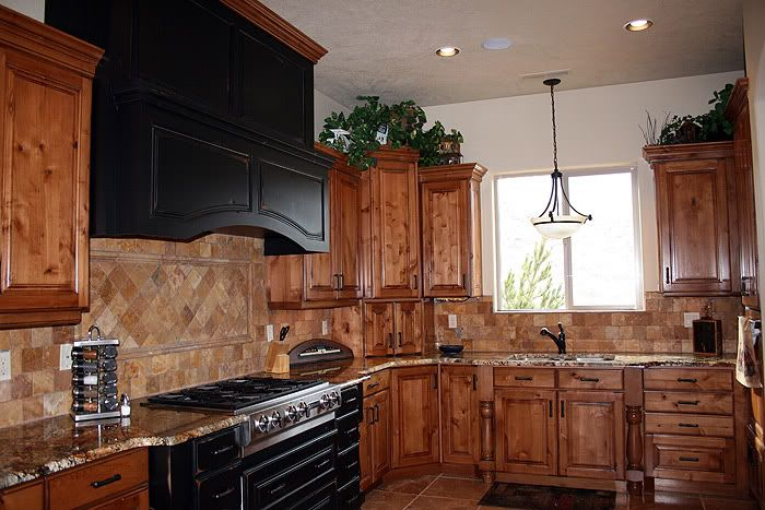 Kitchen style with black appliances kitchens forum for Kitchens with black appliances