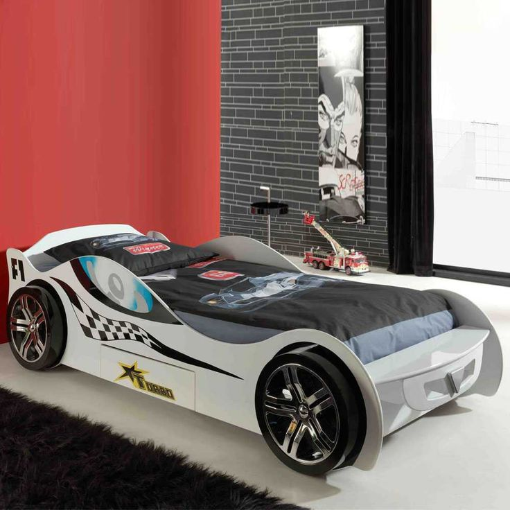 die besten 25 kinderbett auto ideen auf pinterest cars kinderbett cars spielzeug und. Black Bedroom Furniture Sets. Home Design Ideas