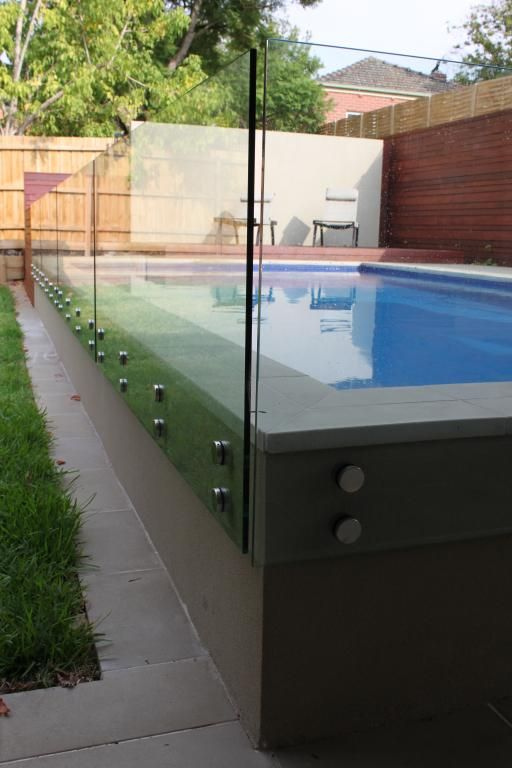 variation on glass pool fencing