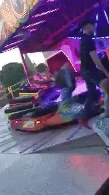 Now thats how you ride a ride - Reaction GIFS and Best Funny GIFS
