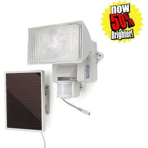 Maxsa 80 LED Solar Motion Light