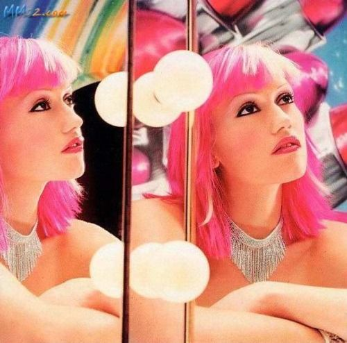 Gwen with pink hair. This is one of my favorite pictures of her. Makes me think of high school.