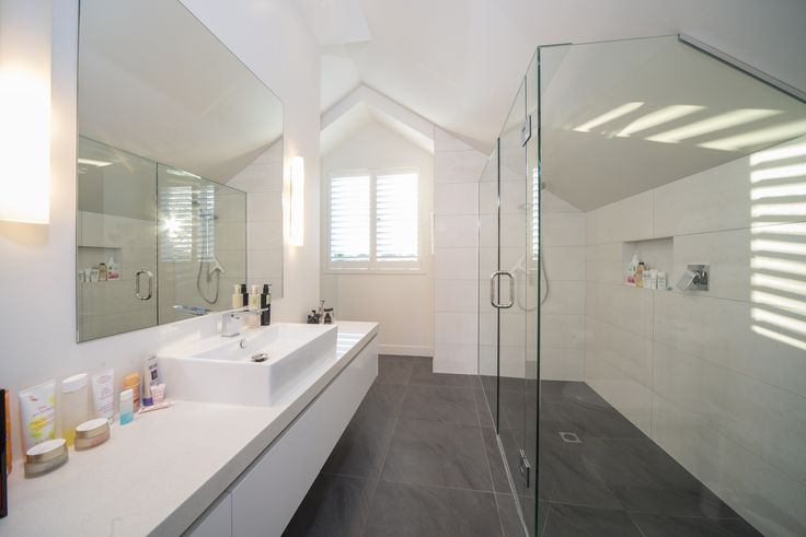 Trinity_bathroom
