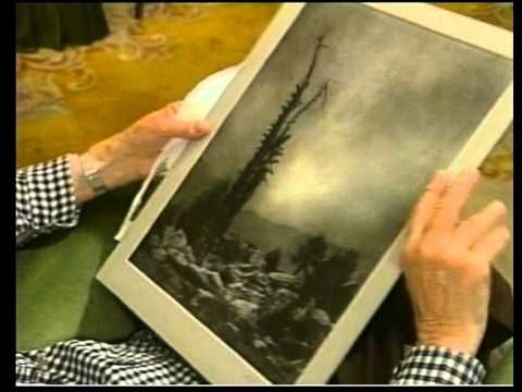 Norman Gryspeerdt shows more examples of his Bromoil Prints. 2/6