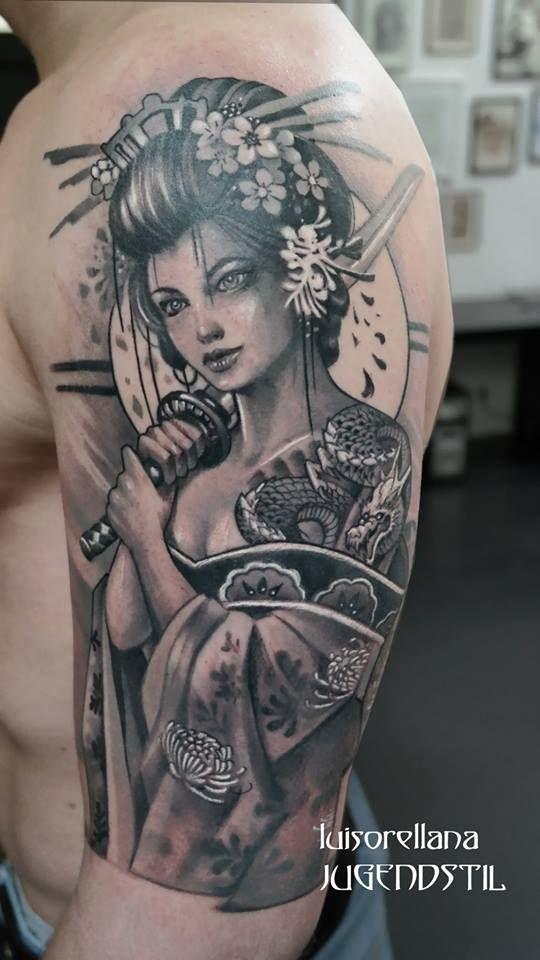 Tattoo by Luis Orellana Jugendstil tattoosberlin.com