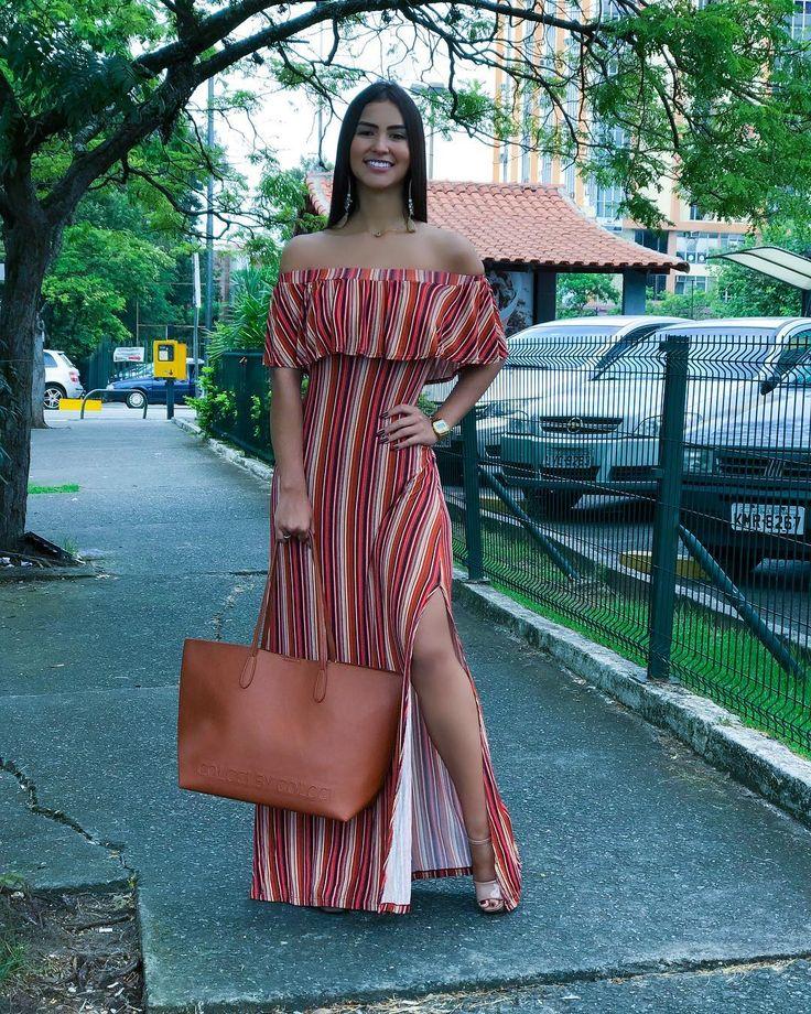 """3,126 curtidas, 42 comentários - Julia Rigotti (@julia.rigotti) no Instagram: """"Já aproveitei o dia lindo, para usar essa bolsa personalizada MARAVILHOSA que recebi da @edepraia…"""""""
