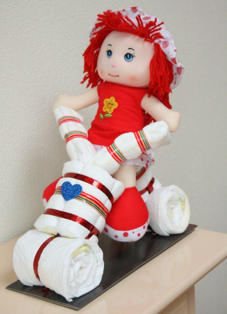Prijs 18,95 Driewieler met grote pop in rode kleuren