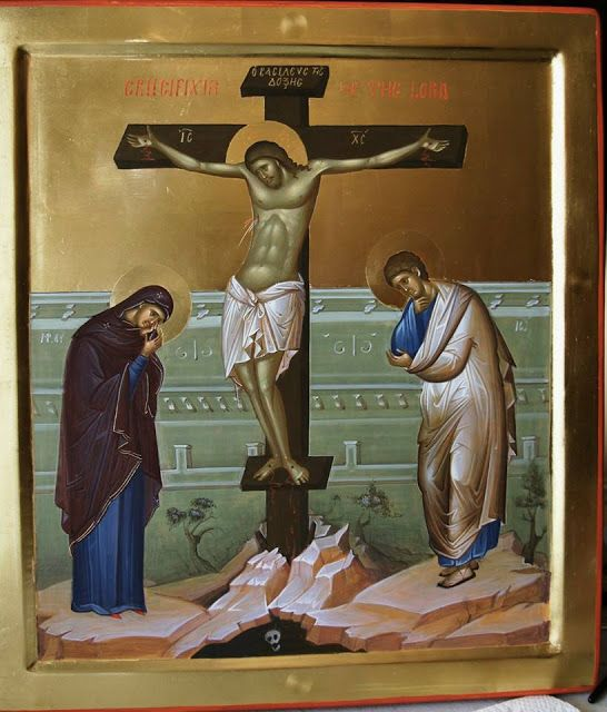 The Crucifixion More icons of Christ's Passion: http://whispersofanimmortalist.blogspot.com/2015/04/icons-of-christs-passion-1.html