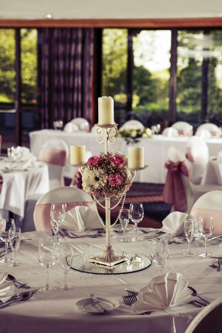 Wedding reception Mercure Hull Grange Park