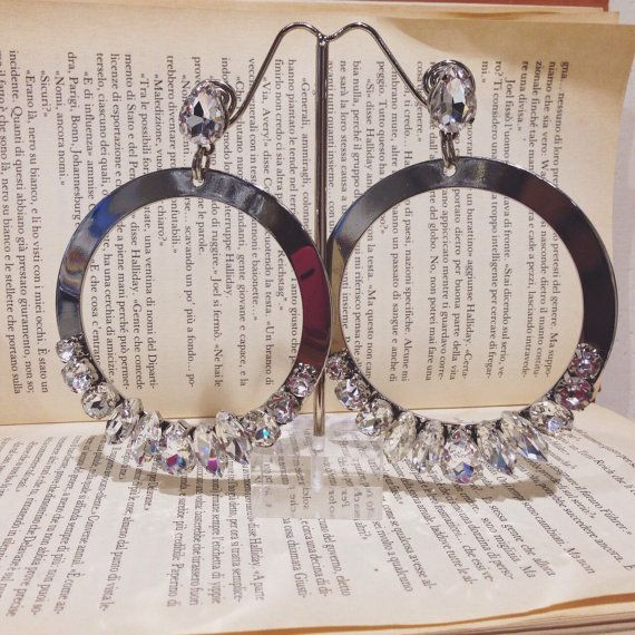 Maxi anelle in metallo con veri cristalli di Angelinaconceptstore