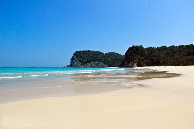 Tarimbang Beach - East Sumba -