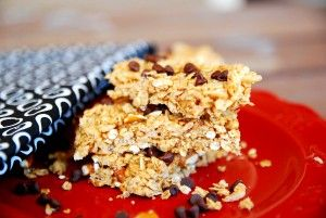 Looking for a great snack? Try these super-easy granola bars. No baking required! @babycenterChocolates Peanut Butter, S'Mores Bar, Granola Bars, Chocolates Pretzels, Pretzels Granola, Butter Crunches, Crunches Granola, Chocolate Pretzels, Salts Chocolates