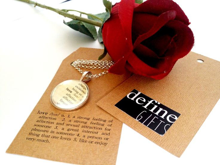 A beautiful pendant as a gift this Valentines day!