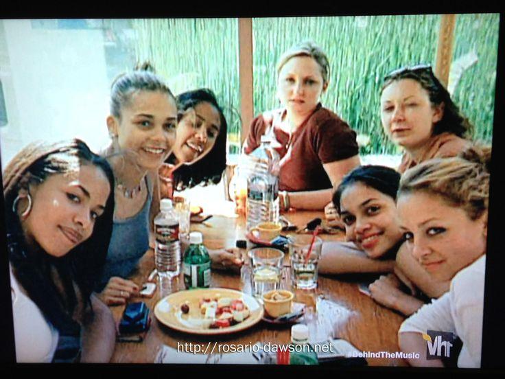 Aaliyah, Kidada Jones, Rosario Dawson, Sara Gilbert & Nicole Richie.