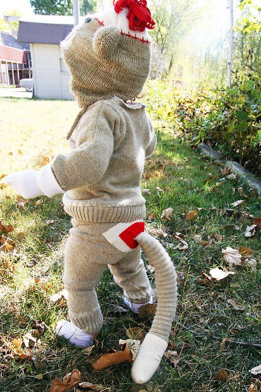 DIY :: Old Sweater  Sock Monkey Baby ( http://www.homemadeginger.com/2011/11/repurposing-day-1-old-sweater-into-sock.html  : )