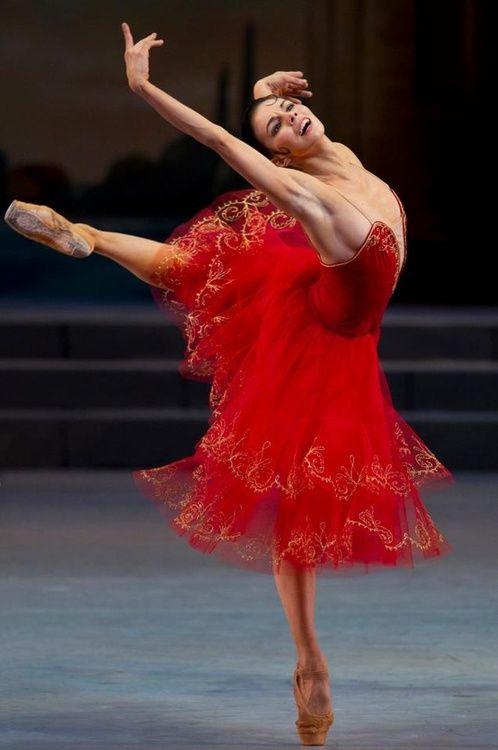 Kukla Russkaya   randombeautysls: Natalia Osipova